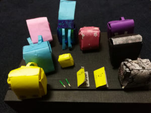 折り紙で作ったランドセル
